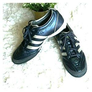 Adidas adiprene traxion turf sneakers blue/silver